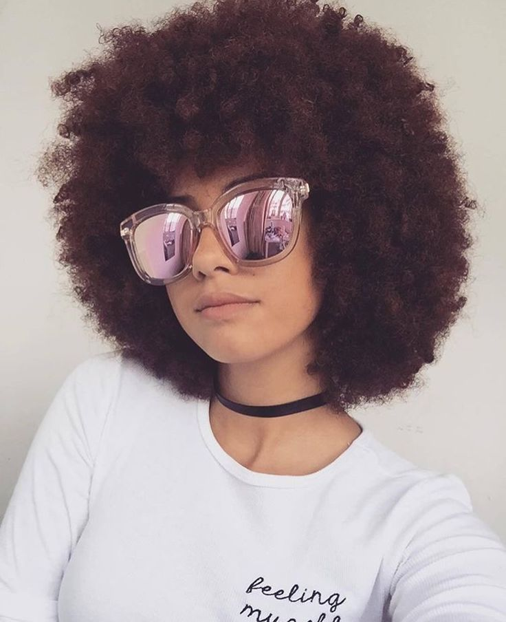Afro. Natural hair. Kinky hair. Afro hair.