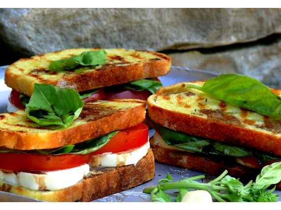 Grilled Caprese Sandwich from NoblePig.com