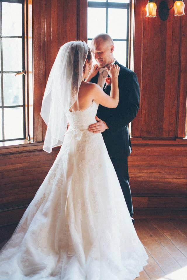 Powel Crosley Weddings, Blush Weddings. Photos by Papered Heart Photography