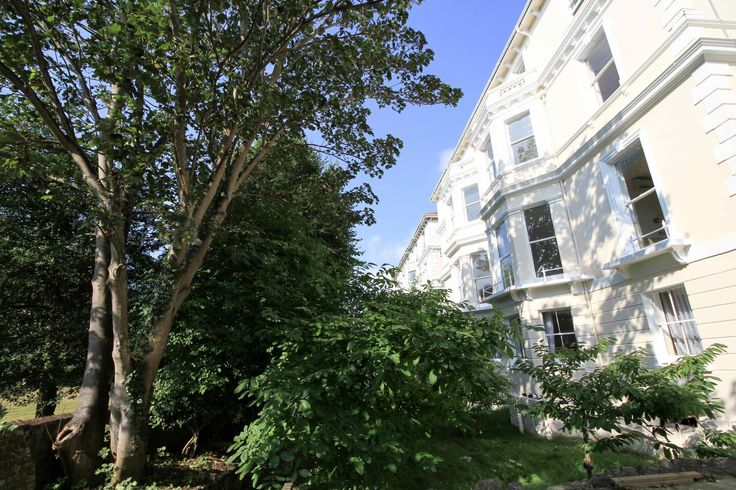Eastbourne Congress Apartments United Kingdom, Europe Set in a prime location of Eastbourne, Congress Apartments puts everything the city has to offer just outside your doorstep. Offering a variety of facilities and services, the hotel provides all you need for a good night's sleep. Free Wi-Fi in all rooms, 24-hour security, daily housekeeping, taxi service, kitchen are there for guest's enjoyment. Non smoking rooms, air conditioning, heating, satellite/cable TV, refrigerator ...
