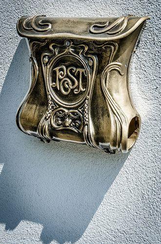 mailbox Embassy of Ecuador - Budapest, Hungary