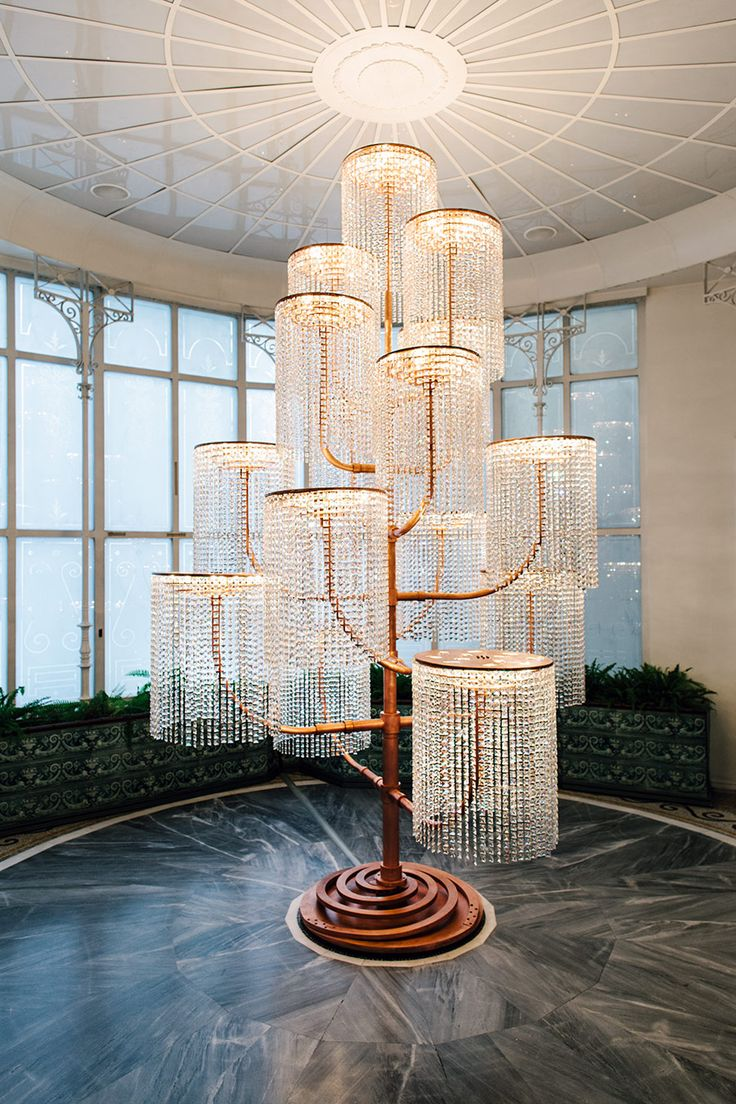 This work is part of a series of large-scale chandeliers begun in 2002. It was…