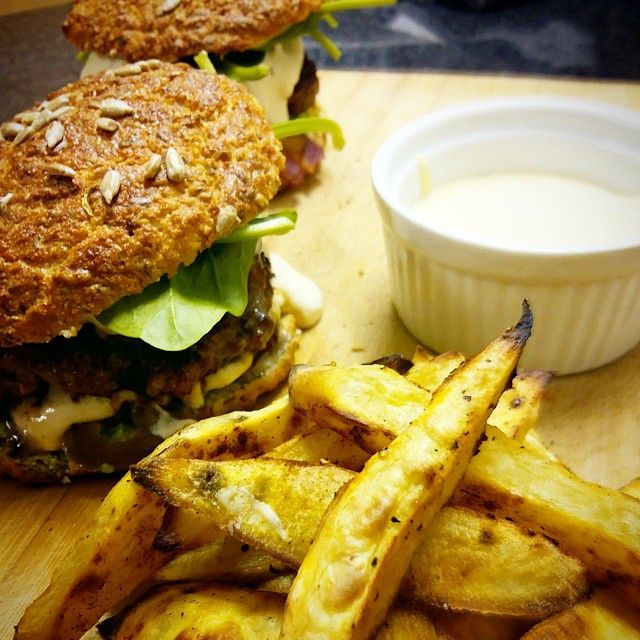 Banting - Homemade Hamburgers with Cheese and Avocado, Sweet Potato Fries and Garlic Aioli