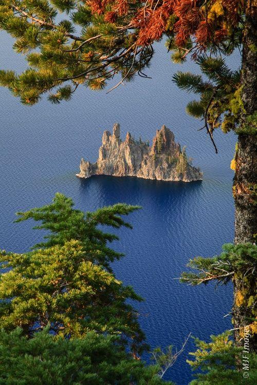 Oregon, Crater Lake National Park, Phantom Island