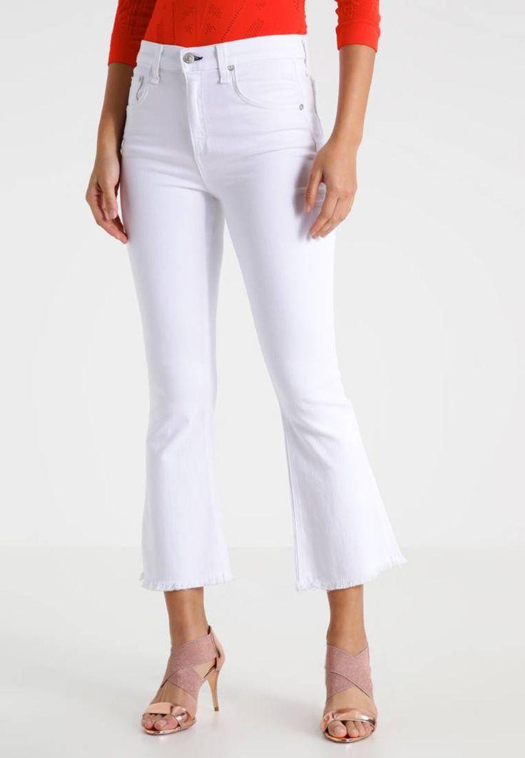Rag&Bone. Jeans a zampa - bright white. Avvertenze:Lavaggio a macchina a 30 gradi. Lunghezza interna della gamba:68 cm nella taglia 27. Composizione:43% viscosa, 33% cotone, 17% lyocell, 5% Poliestere, 2% elastan. Lunghezza della gamba e...