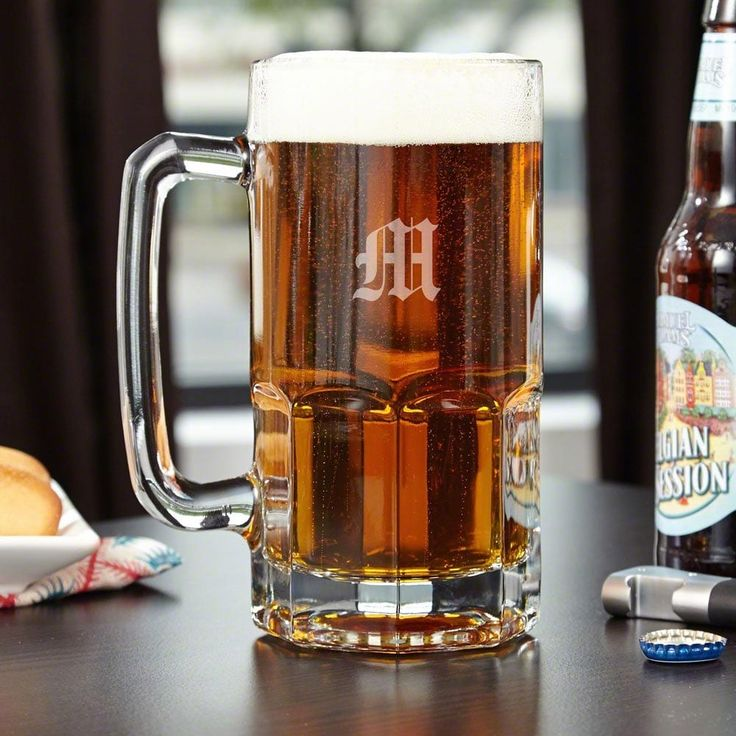 Colossal Engraved Beer Mug (Clear/G) (Glass)