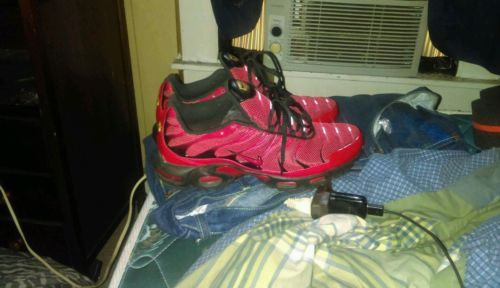 NIKE Tn trainer 1 sz11.5     condition 9/10 few scratches