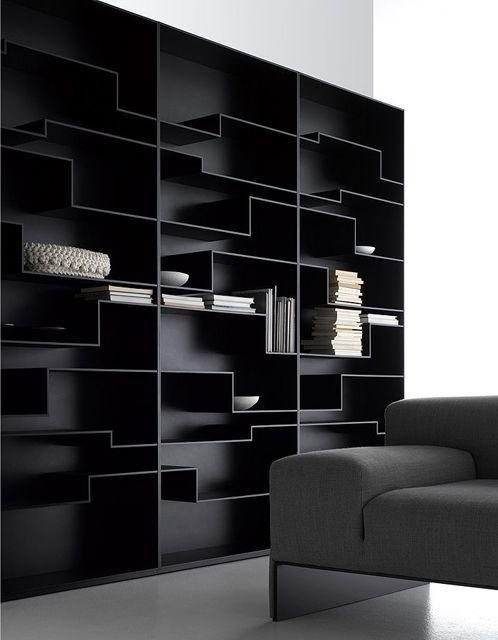 """Le fabricant de meubles MDF Italia vient de présenter une de ces dernières trouvailles en matière de bibliothèque ultra design. Cette dernière trouvaille est dénommée """"Shelf"""", elle est un mélange de simplicité et de sobriété. La bibliothèque """"Shelf"""" est..."""