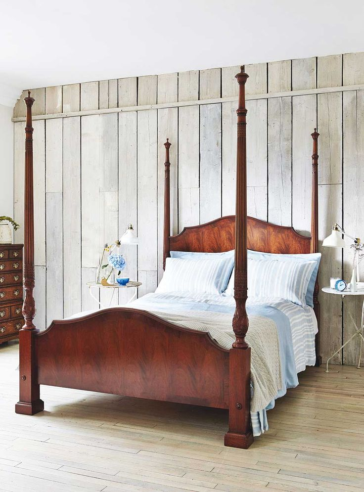 Titshmarsh and Goodwin handcrafted wooden four poster bed