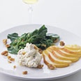 argula and pear salad with mascarpone and toasted walnuts