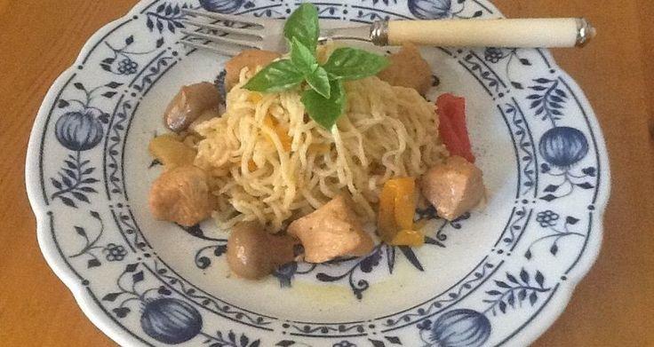 Κοτόπουλο γλυκόξινο με noodles