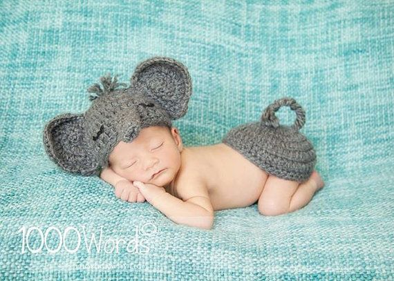 Gray elephant set crochet outfit photo by 4thgenerationdesigns, $32.00 This would be too cute on a houndstooth blankie!