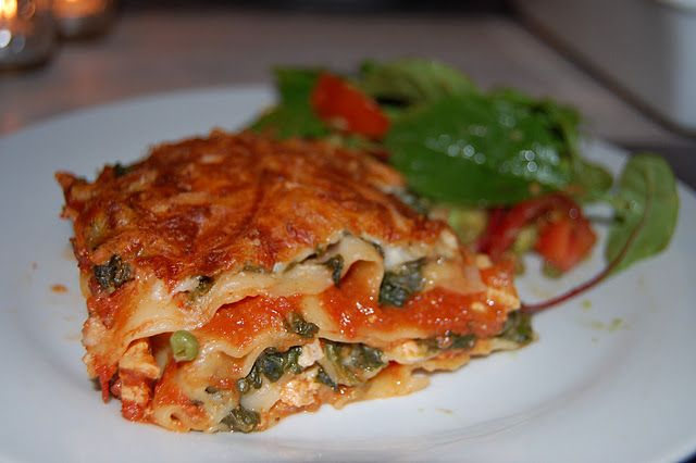 Kyllingelasagne med spinat og hytteost // Chicken lasagna with spinach and…