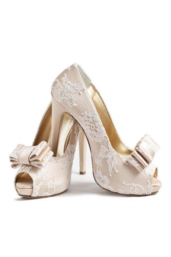 Model 4 - 2015 Alessandra Rinaudo Chaussure de mariage sur www.espacemariage.com