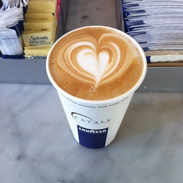 Beautiful work of art latte macchiato caffe Lavazza, Eataly NYC #latteart #eataly