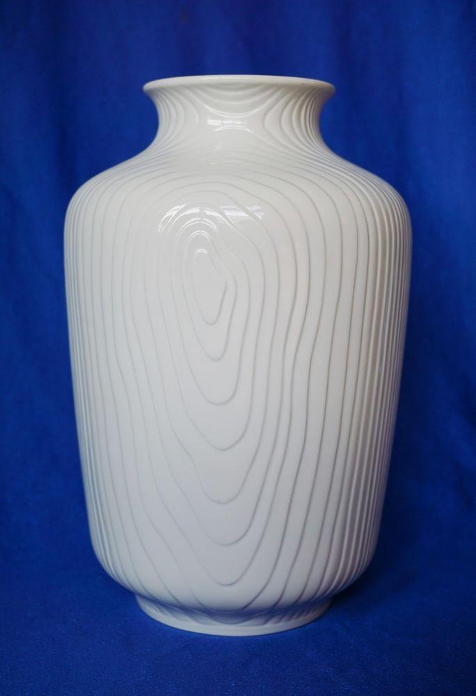 ber ideen zu gro e vasen auf pinterest tassen. Black Bedroom Furniture Sets. Home Design Ideas
