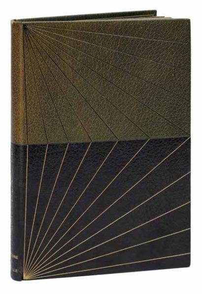 Théodore de BANVILLE  Gringoire. Comédie en un acte, en prose. Paris, Conquet, Carteret, 1899.  Reliure signée à l'or au bas du contreplat REHTSE; et au composteur à la seconde contregarde ESTHER FOUNÈS.