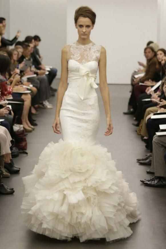 Weddbook is a content discovery engine mostly specialized on wedding concept. You can collect images, videos or articles you discovered  organize them, add your own ideas to your collections and share with other people - Vera Wang Bridal A/W 2013 #Vera
