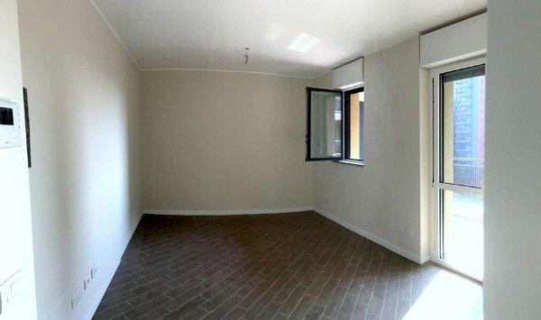 Affitto Appartamento Milano. Monolocale in via Enrico Cosenz 54. Nuovo, ultimo piano, posto auto, terrazza, riscaldamento centralizzato, rif. 63507902