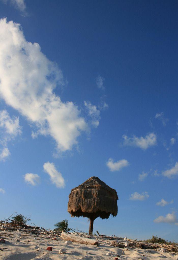 A small beach hut in Bo'a Beach, Rote. Photo by Indra Febriansyah