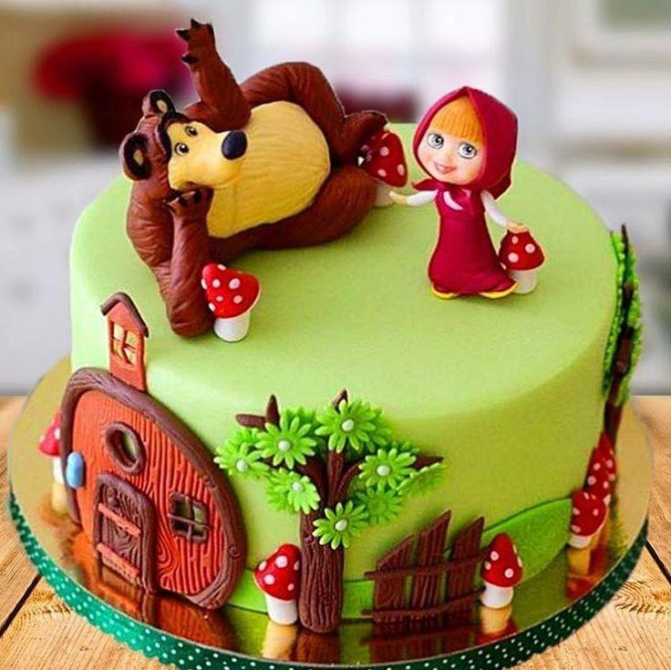 Bolo fofissimo da Masha e o Urso by @madebymaricake #bolosdecorados #decoratedcakes #mashaeourso ...