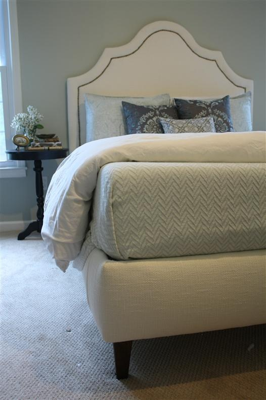 Upholstered bed from scratch - nicely detailed bed and instructions (see links on the page for cut list, etc.)