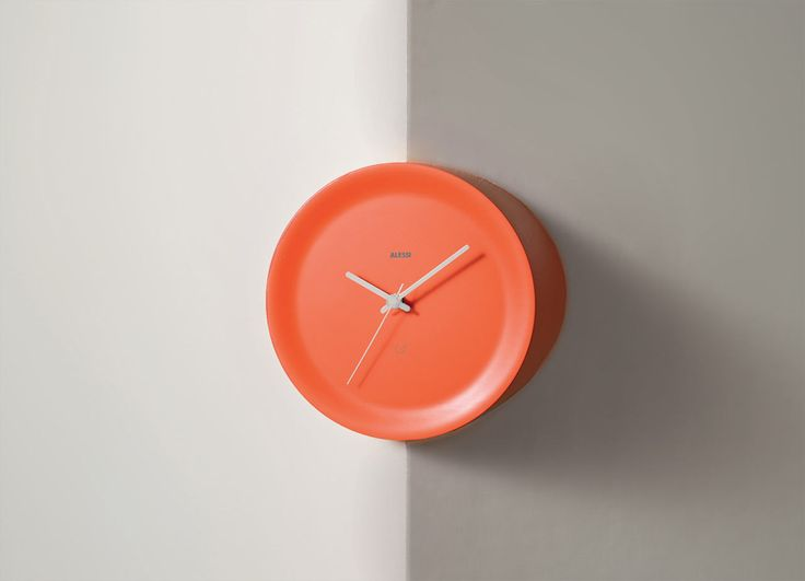 "ACCESSORIES: Wall clocks: Ora In & Ora Out by Alessi the ""edgy"" clock  #designbest #design #homedecor 