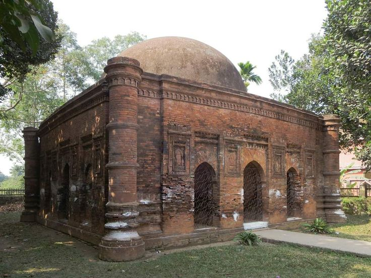 The Goaldi Mosque (1519) at Sonargaon near Dhaka, Bangladesh, dates from a time when the capital of Bengal was here.