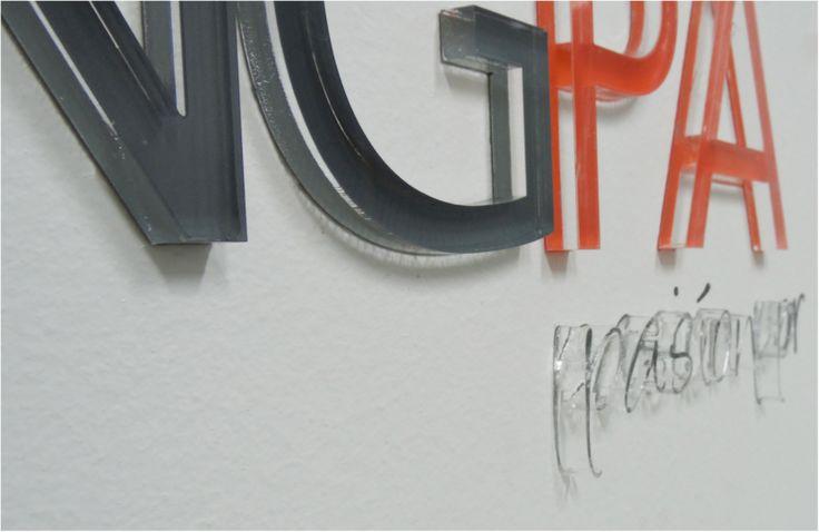 Logo Corporativo Volumetrico