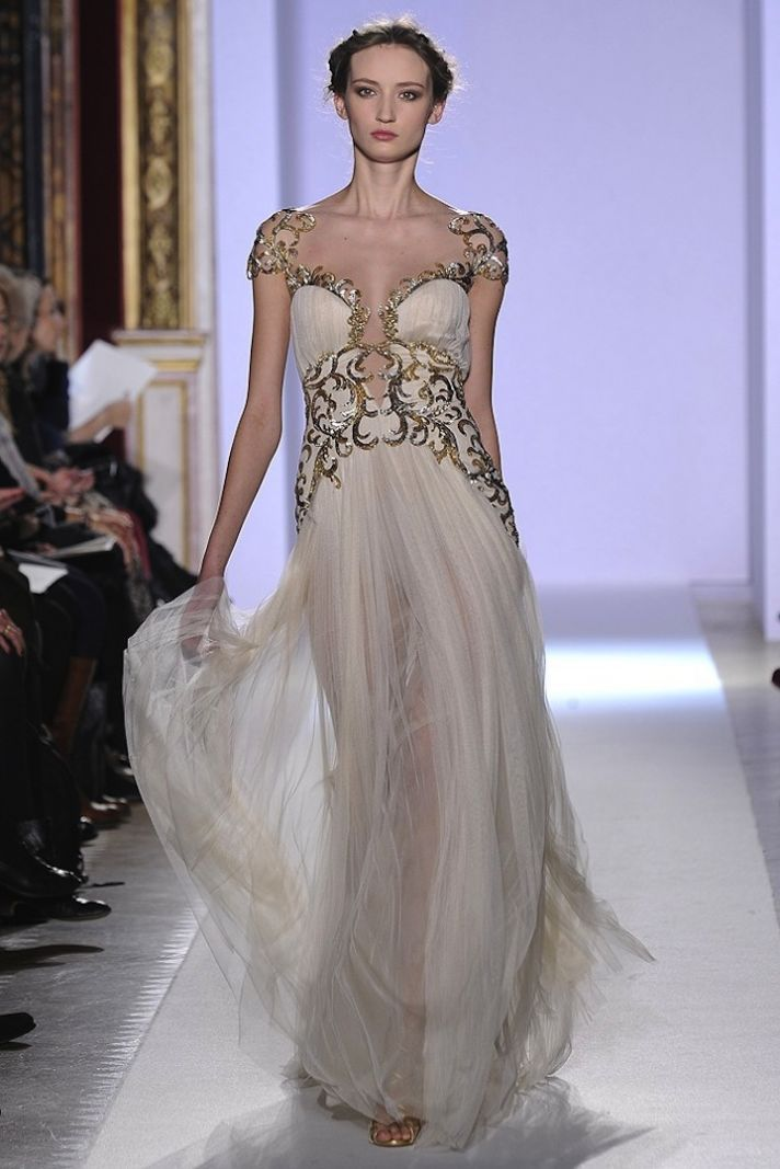 12 best late middle ages images on pinterest for Zuhair murad used wedding dress