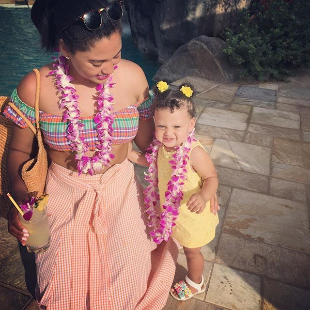 Pin for Later: Stephen and Ayesha Curry Celebrate Daughter Ryan's First Birthday in Hawaii