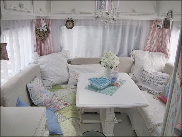 retro campers | Such a cozy spot to curl up and read a good book or have a romantic ...