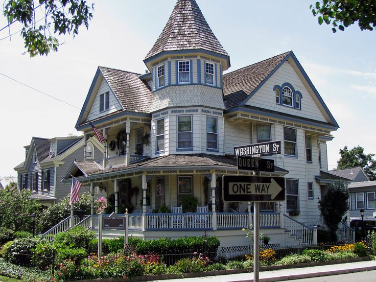 2079 Best Queen Ann Victorian Houses Images On Pinterest