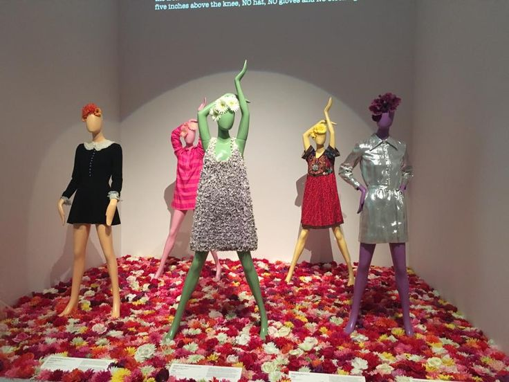 200 years of Australian Fashion was an exhibition held at theNational Gallery of Victoria (NGV)