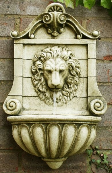 Lion Head Wall Fountain Water Feature