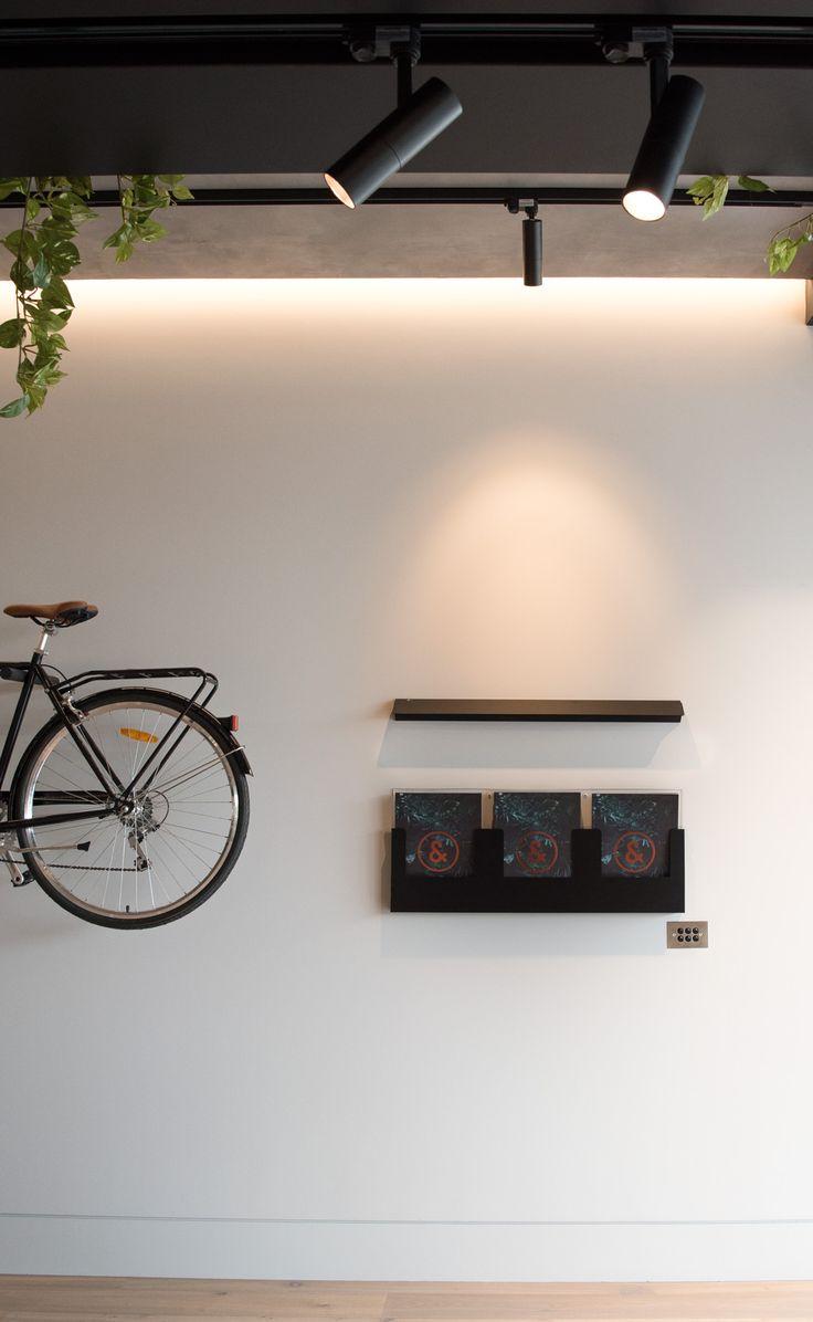 Simple but stunning. The Sphera Aplik Wall Light and Binario Track Light on display at #DKO #Docklands. #interiorlighting #architectual #residentiallighting @dko_architecture