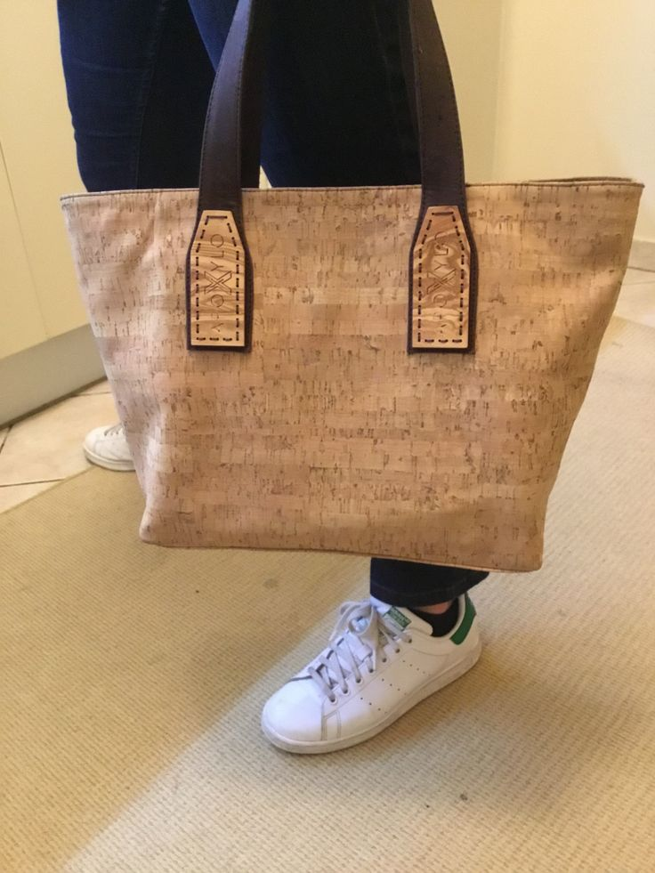 Tote bag in style !! Natural cork bag with handcrafted olive wood logo !! Find more at Apoxylo.gr
