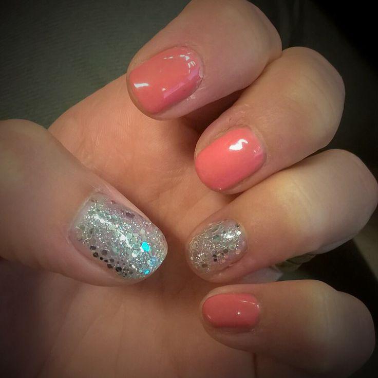 Summer manicure. ☀️ #sensationail #coralsunset