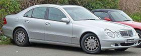 2002-2006 Mercedes-Benz E-Class (W211) Elegance sedan 01.jpg
