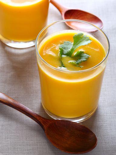cumin, crême fraîche, bouillon de volaille, oignon, eau, orange, carotte, sucre