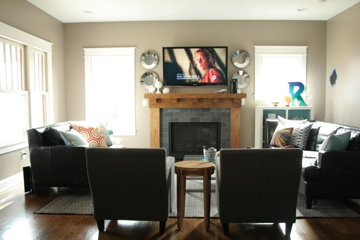 17 best ideas about rearranging furniture on pinterest for Small living room arrangements with tv
