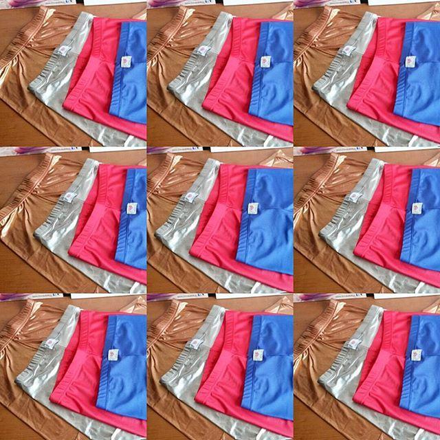 Venerdì nero? Nn c'è niente di meglio della #ilovebikini #leggins #therapy!!! Questi sono solo alcuni dei colori... altri saranno disponibili dal 2 dicembre!!!! #terapiadurto #colors #ilovebikinistyle #madeinitaly #solocosebelle #pantone #lurex #shine #livelifeincolors #colorstherapy #soon #swag #amazing #fashion #happiness #friday #tgif #instadaily #instafollow #like #instagood #bestoftheday #instacool  www.ilovebikini.it