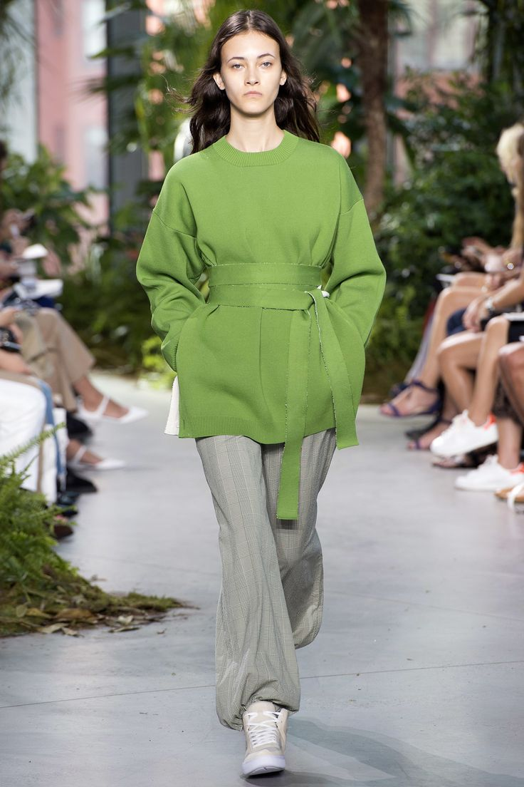 Lacoste Spring 2017 Ready-to-Wear Collection Photos - Vogue