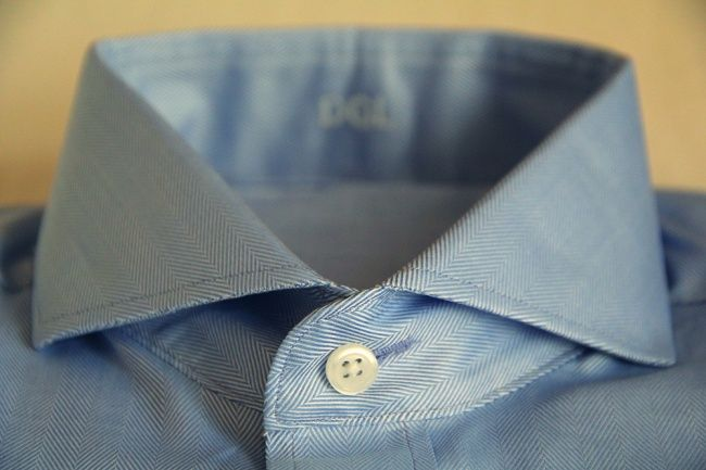 Here's another mystery associated with your shirt — why are the buttonholes for the uppermost and lower buttons horizontal, while all the others are vertical? This has its origins in the fact that the buttons in these two places are more likely to come undone. A horizontal buttonhole makes this less likely compared to a vertical one.