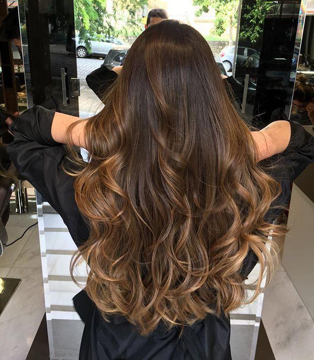 899 besten couleurs pour cheveux bruns bilder auf pinterest braune haarfarben dunkle haare. Black Bedroom Furniture Sets. Home Design Ideas