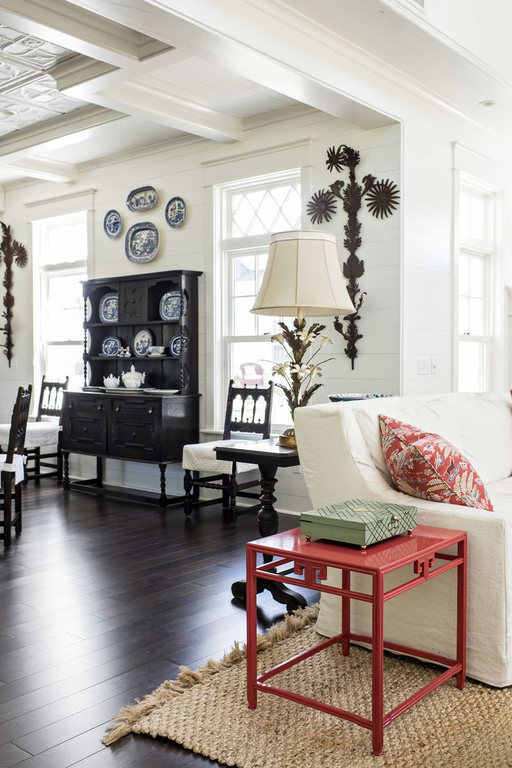 312 best dining rooms images on pinterest dining room design classic color combinations like red white and blue never go out of style