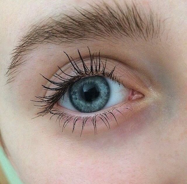 Valezas Augenfarbe