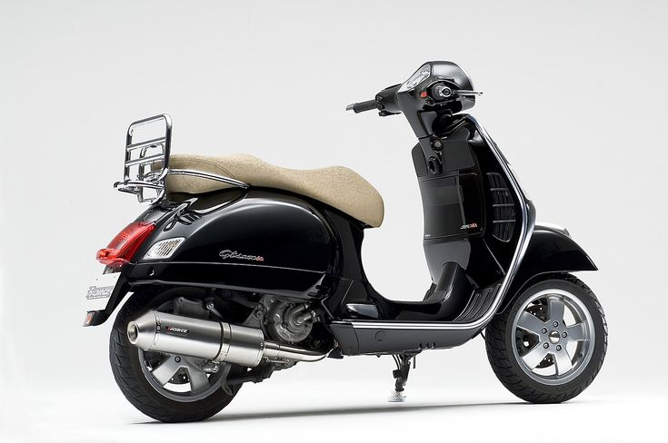 vespa scooters | Vespa GTS Scooter View & Wallpapers