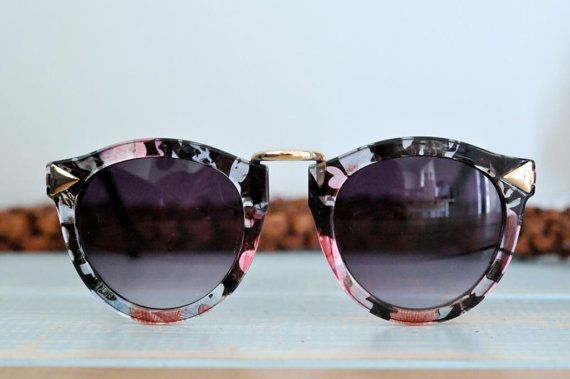 """The FLORAL sunglasses by ANTIapparel on Etsy these are gorgeous, great shape, great pattern, and bound to have people begging you """"where did you get those?"""" #vintage #sunglasses"""