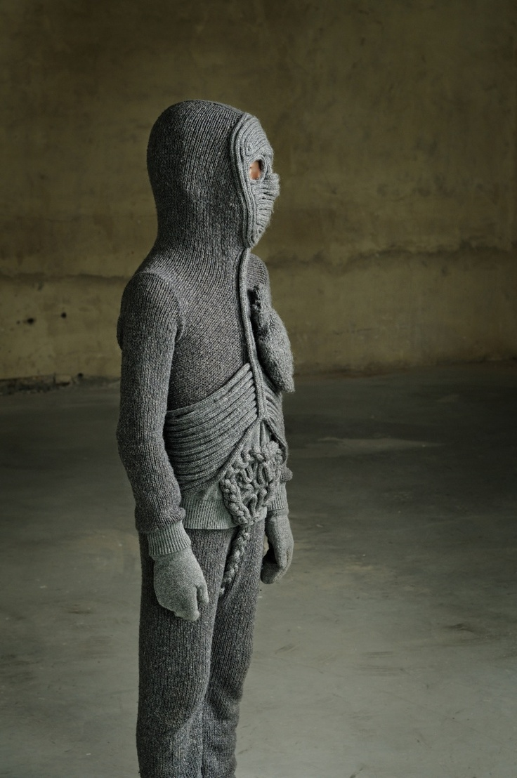 Entrails knitted garments: by Caroline Bosmans